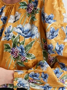 %100 Viskoz Çiçek Desenli Saten Bluz