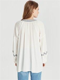 Kadın Nakış İşlemeli Viskon Bluz