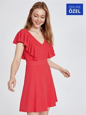 16339a65fd829 Kloş Elbise - Kloş Elbise Modelleri - 2019 - LC Waikiki