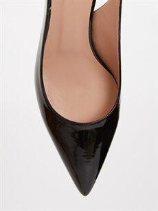 LC Waikiki Siyah Kadın Sivri Burun Topuklu Ayakkabı