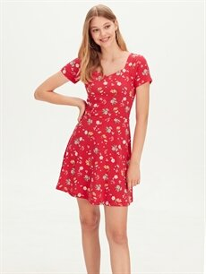 Kırmızı Çiçek Desenli Mini Viskon Elbise 9SB793Z8 LC Waikiki