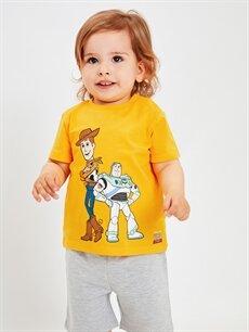 LC Waikiki Sarı Erkek Bebek Toy Story Baskılı Pamuklu Tişört ve Şort