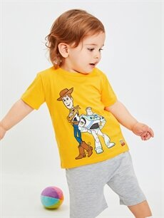 Sarı Erkek Bebek Toy Story Baskılı Pamuklu Tişört ve Şort