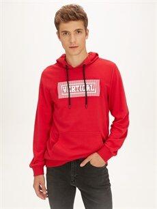 Kırmızı Kapüşonlu Baskılı Sweatshirt 9W1454Z8 LC Waikiki