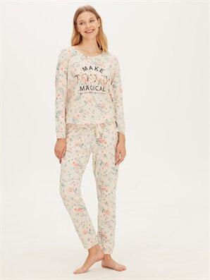 Çiçek Desenli Yazı Baskılı Pijama Takımı - LC WAIKIKI