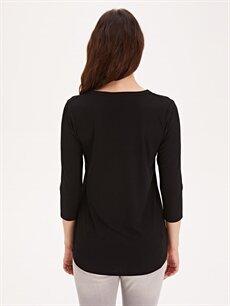 Kadın Yakası Düğmeli Tişört