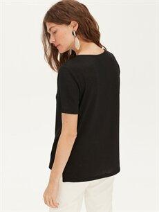 Kadın Yaka Detaylı Tişört