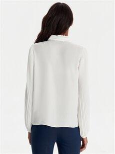 Kadın Yakası Bağlamalı Krep Bluz