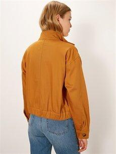 Kadın Dik Yaka Cepli Ceket