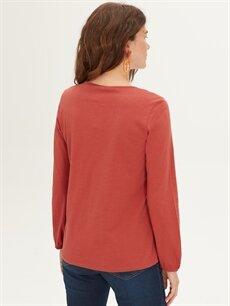 Kadın Yakası Dantel Detaylı Pamuklu Tişört