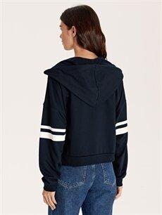 Kadın Kapüşonlu Şeritli Sweatshirt