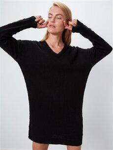 Siyah V Yaka Kalın Triko Salaş Elbise 9WP307Z8 LC Waikiki