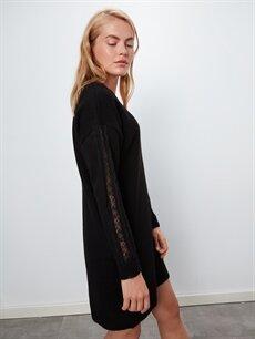 %80 Akrilik %20 Polyester Diz Üstü Düz Uzun Kol V Yaka Kalın Triko Salaş Elbise