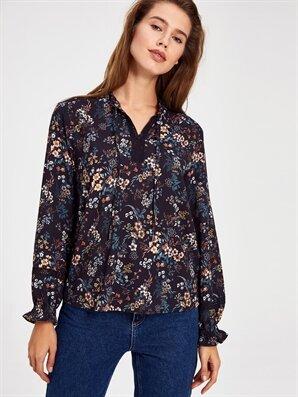 Çiçek Desenli Yaka Detaylı Krep Bluz - LC WAIKIKI