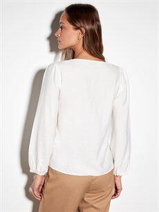 Beyaz Kare Yaka Viskon Bluz