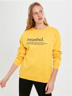 Kadın İstanbul Yazı Baskılı Sweatshirt