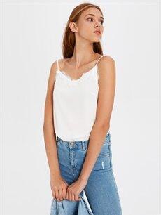 Beyaz Dantel Detaylı Viskon Bluz 0SH105Z8 LC Waikiki