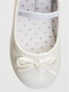 LC Waikiki Beyaz Kız Bebek Fiyonklu Babet Ayakkabı